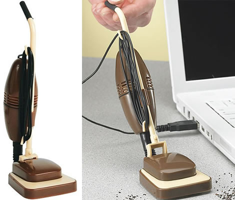 USB retro vacuum party favor